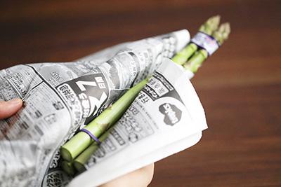 新聞紙に包んで保存